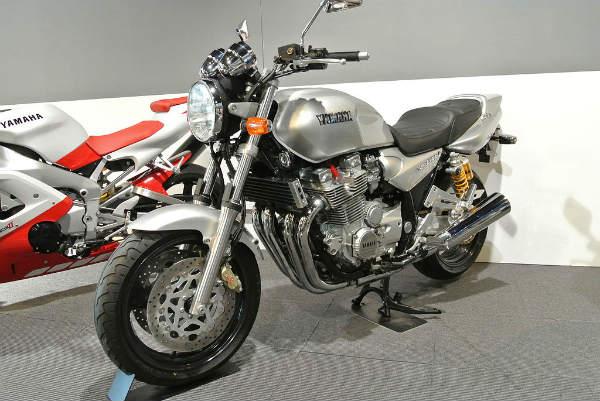 XJR1300 1
