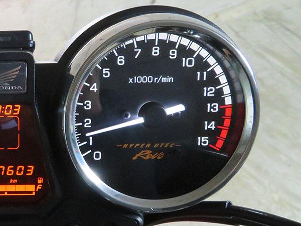 CB400SF HYPERVTECRevo インプレ 8